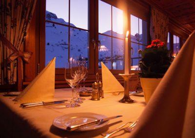 kulinarium-essen-hotel-enzian-zuers-ama-arlberg-4