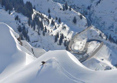 tiefschnee-fotos-stuben-zuers-lech-hotel-enzian-zuers-am-arlberg