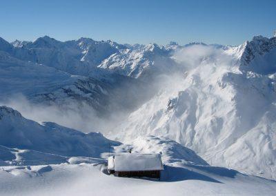 trittkopf-winter-fotos-sonne-zuers-lech-hotel-enzian-zuers-am-arlberg